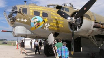 Rozbił się zabytkowy B-17G Nine-O-Nine
