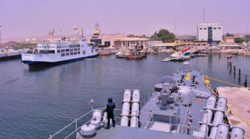fregata Betwa indyjskiej marynarki wojennej w Bandar-e Abbas