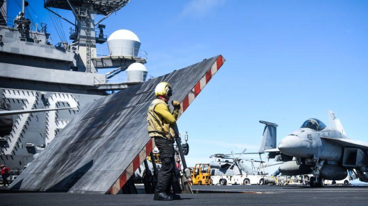USS Ronald Reagan wrócił do Yokosuki