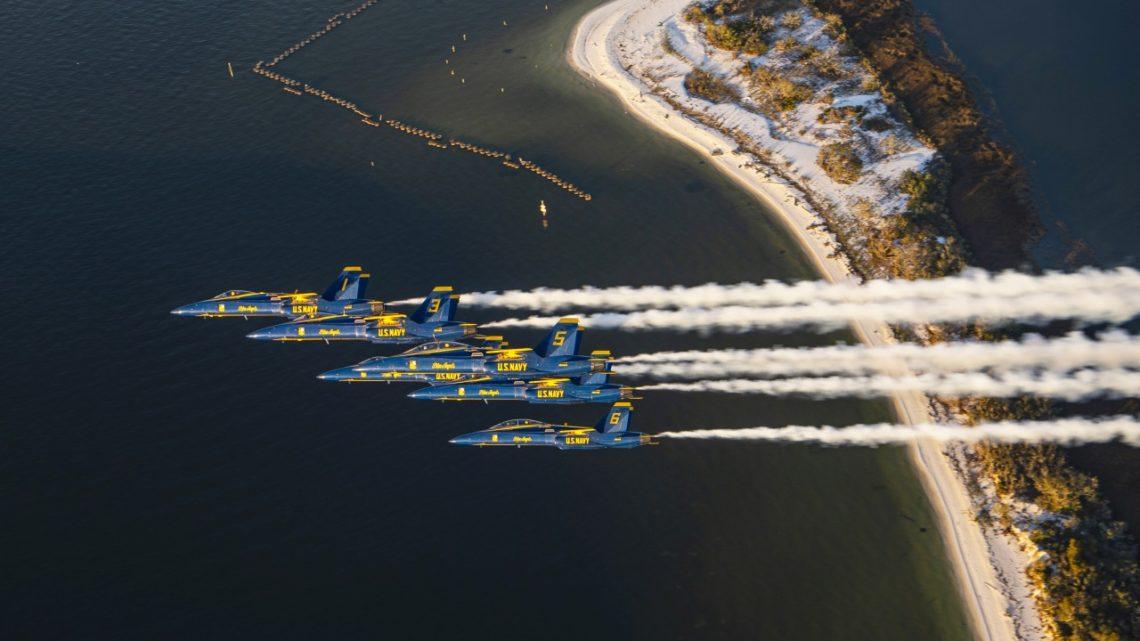 Blue Angels pożegnali Hornety