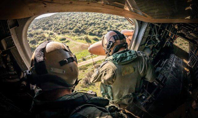 Róża Galilei: We wnętrzu ciężkiego śmigłowca transportowego CH-53A Jasur